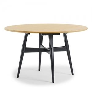 GE526 餐桌